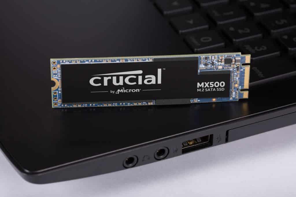 SSD M.2 Crucial MX500 de 1TB.