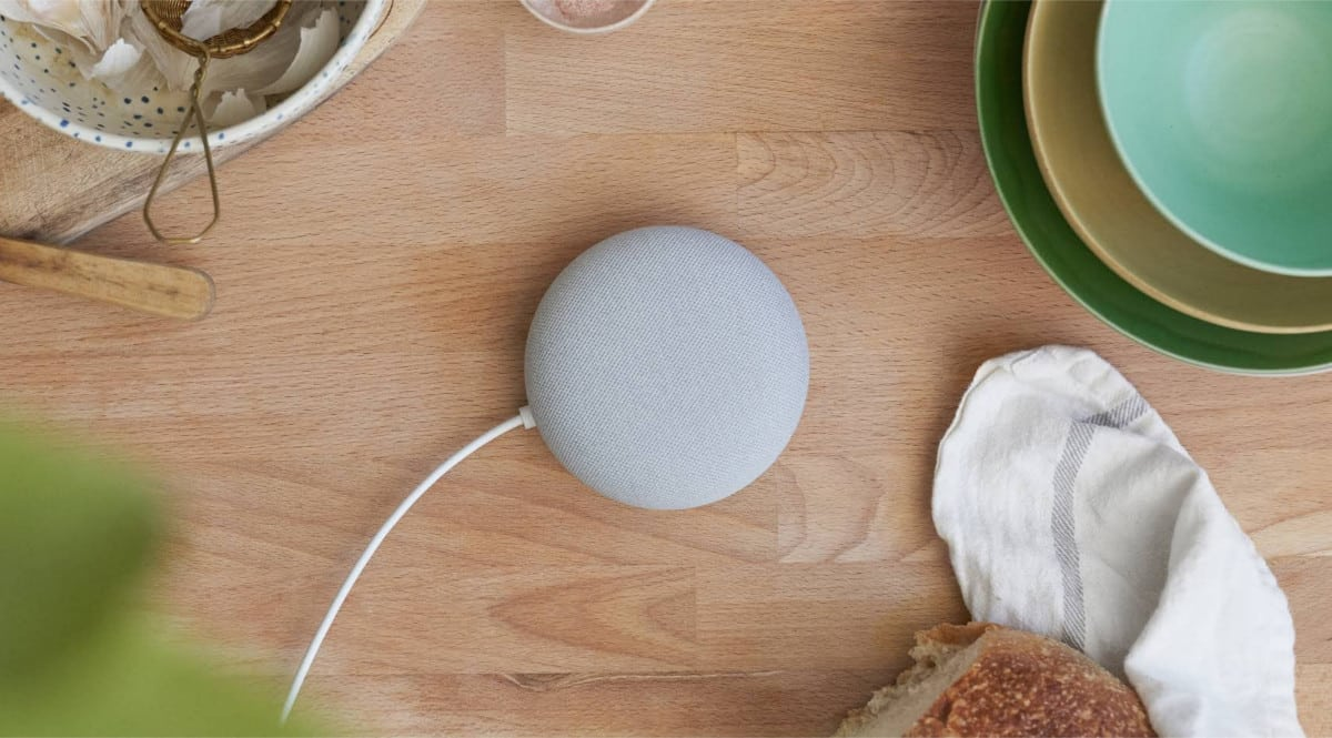 Pack altavoz Google Nest Mini y bombilla Philips Hue barato. Ofertas en altavoces, altavoces baratos, chollo