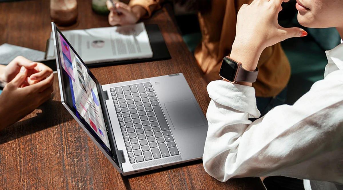 Portátil Lenovo Yoga 7i 14 barato. Ofertas en portátiles, portátiles baratos, chollo