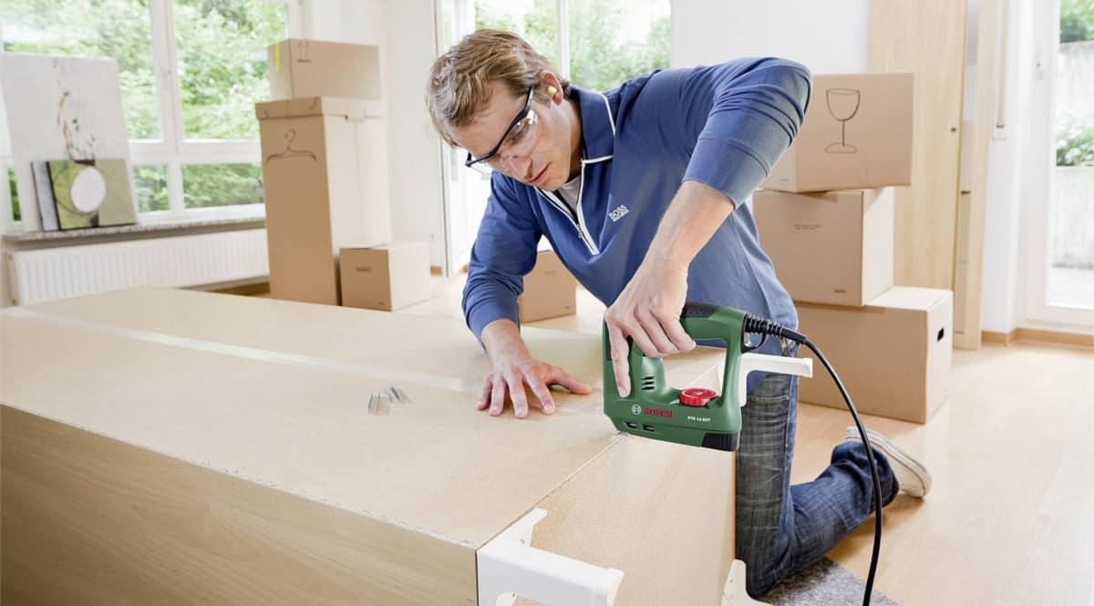 Grapadora eléctrica Bosch PTK 14 EDT barata. Ofertas en herramientas, herramientas baratas, chollo