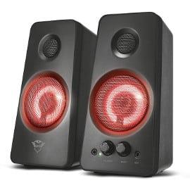 ¡¡Chollo!! Set de altavoces iluminados Trust Gaming GXT 608 sólo 39.99 euros.
