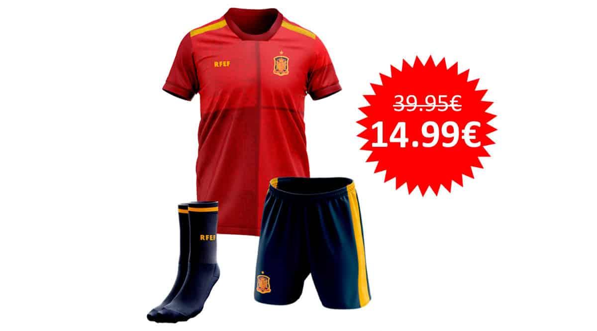 ¡Precio mínimo histórico! Kit infantil réplica oficial de la primera equipación de la Selección Española 2020 sólo 14.99 euros. 62% de descuento.