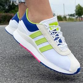 ¡¡Chollo!! Zapatillas para mujer Adidas Originals SL Andridge sólo 45 euros. 55% de descuento.